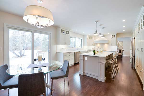 Bright And Clean Kitchen Design In Winnipeg
